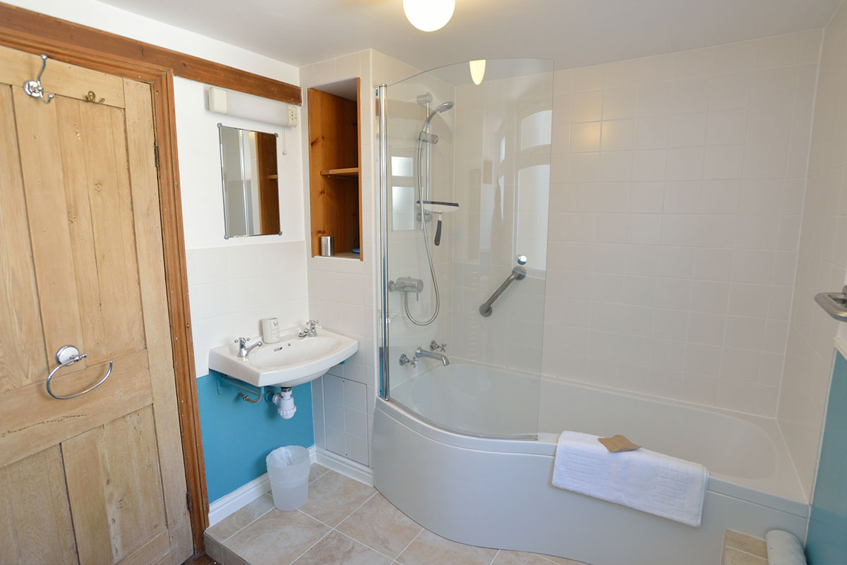 Maisonette in Making Waves holiday apartment, St Ives, Cornwall